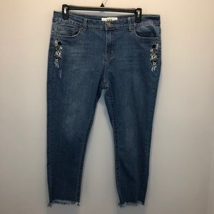 VGS Jeans Embroidered Floral Skinny Size 14